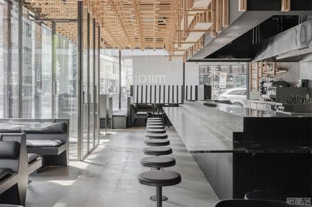 国外餐厅设计案例:看设计师如何将精致的风格融入迷人的用餐空间