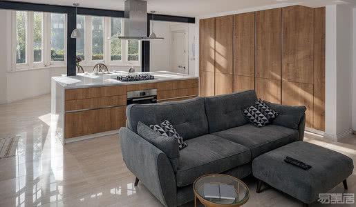 国外住宅设计案例:重新配置空间布局,将自然光引入住宅