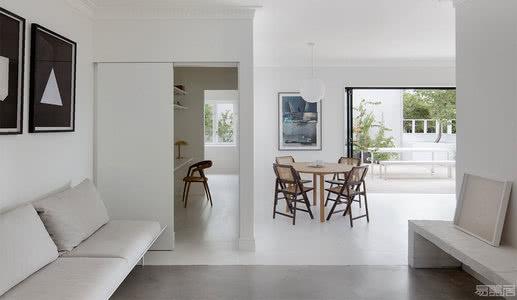 国外住宅设计案例:把战后砖房翻新成独一无二的现代生活住宅