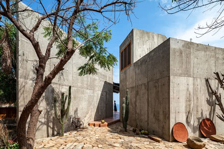 国外住宅设计案例:La casa del Sapo住宅,以建筑的方式满足居住需求