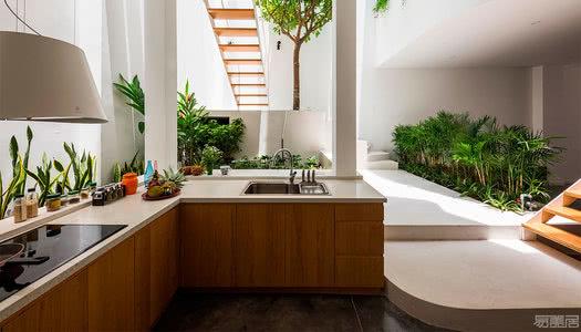 国外住宅设计案例:享受诗意般的生活,多代家庭住宅设计