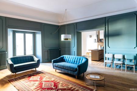 国外公寓设计案例:位于18世纪建筑内的豪华公寓