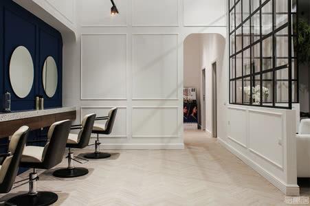 国外商店设计案例:精致现代风美发店设计,体验不一样的享受
