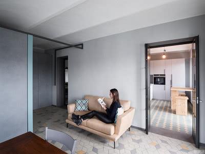 国外公寓设计案例:充满极简主义,传统而轻松的格局