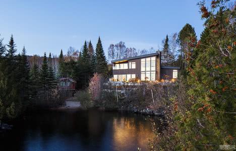国外住宅设计案例:自然美景中的住宅,坐拥令人叹为观止的景色!