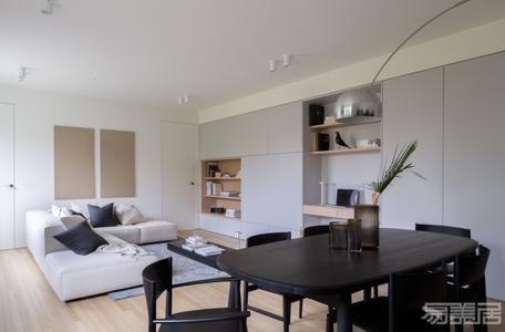 国外公寓设计案例:精致优雅的顶层公寓设计