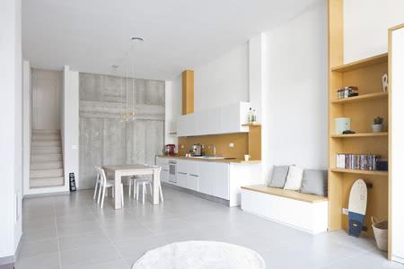 国外公寓设计案例:工业仓库大改造,现代简约公寓设计