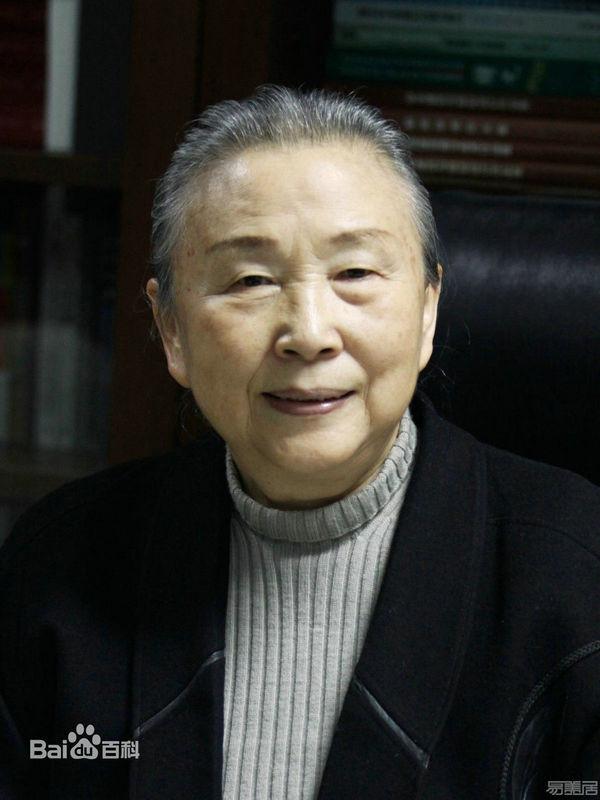 教授级高级建筑师:张锦秋