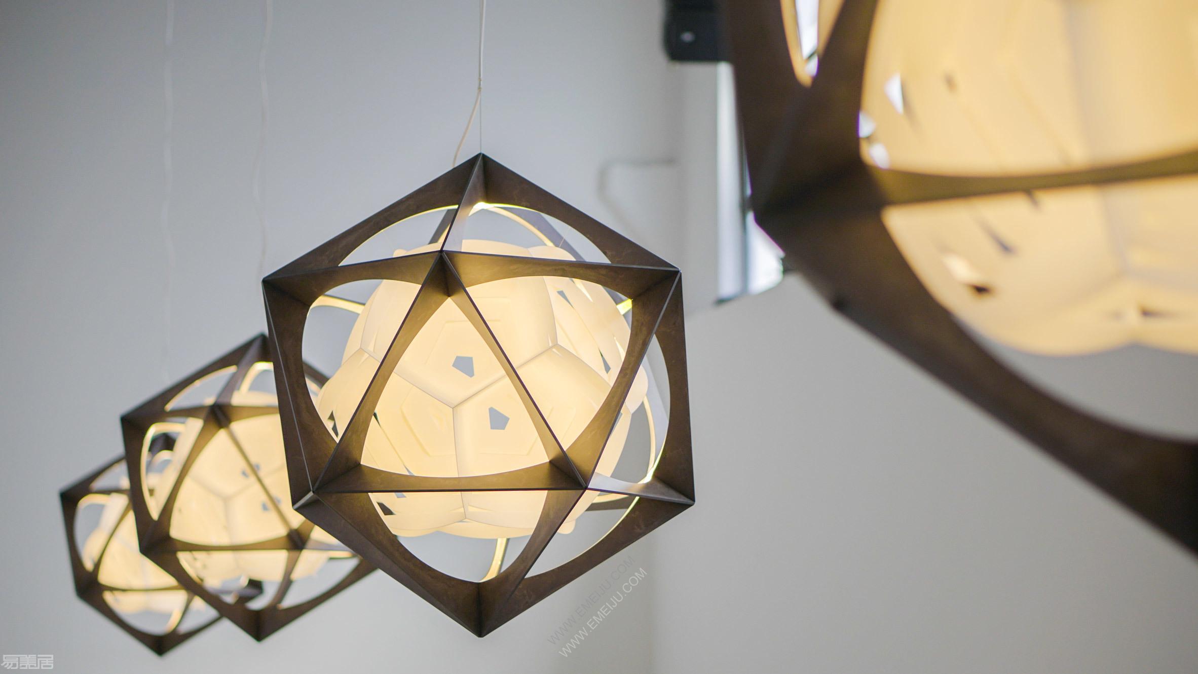 euroluce-lighting-milan-design-week-2019_dezeen_2364_col_9.jpg