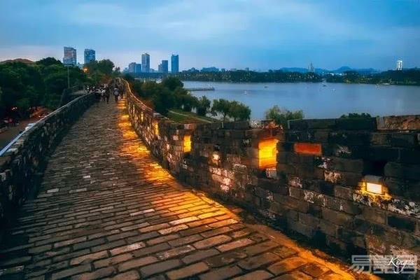 卡硕陶瓷(KASOR)    重磅打造联盟品牌南京金吉鸟项目工程