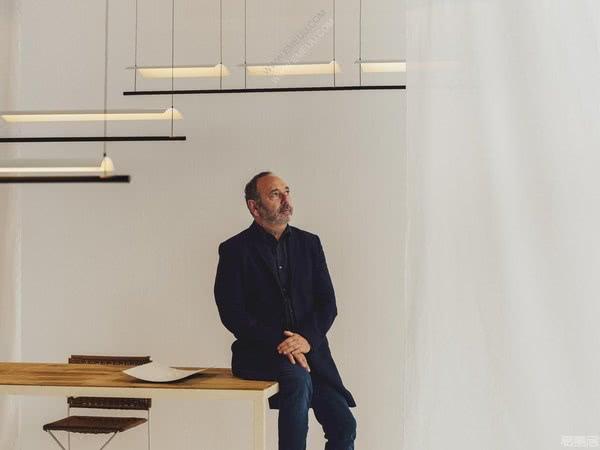 设计师灯饰品牌Santa&Cole:灵巧而多功能的创新设计
