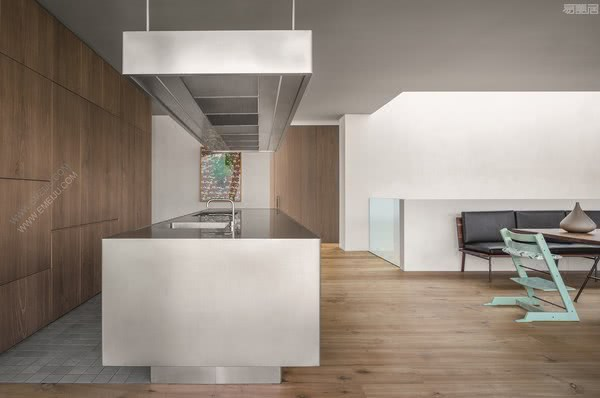 意大利橱柜品牌ABIMIS营造温暖,放松和热情的氛围
