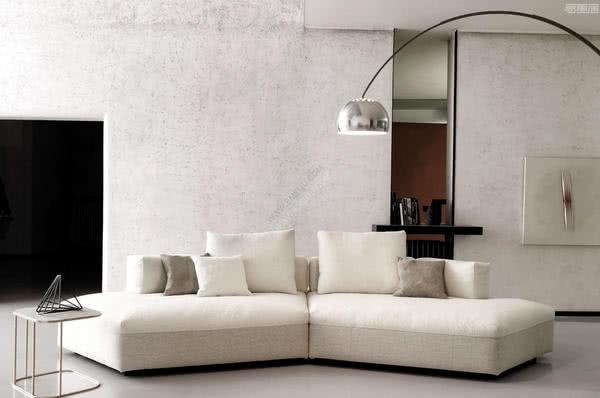 具有强烈个性和风格的意大利家具品牌DÉSIRÉE DIVANI