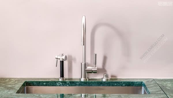 Dornbracht当代卫浴,德国卫浴品牌提供厨房的完美伴侣