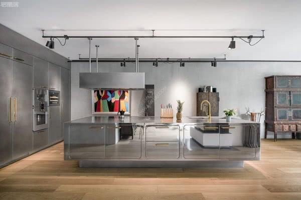 意大利橱柜品牌ABIMIS为体验现代厨房提供了新的途径