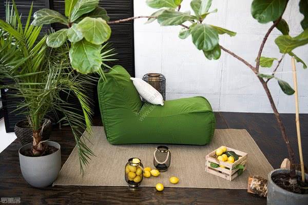 立陶宛家具品牌Pusku pusku为户外空间增添生气和舒适感