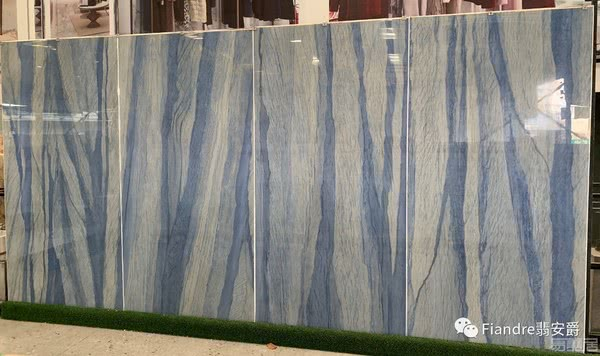 在家中听浪?这就得靠意大利瓷砖品牌Fiandre翡安爵的蓝海岸岩板瓷砖