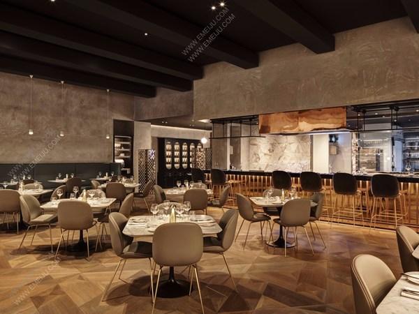 意大利灯饰品牌Reggiani照亮了位于伯明翰的Harvey Nichols概念店
