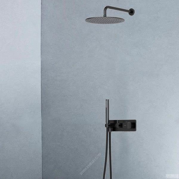营造出精致的氛围,意大利卫浴品牌GUGLIELMI