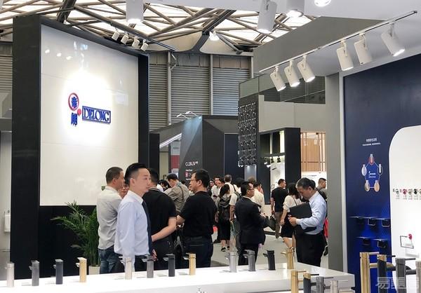 DELONG帝朗卫浴品牌用色彩闪耀2019上海国际厨卫展,2020再会!