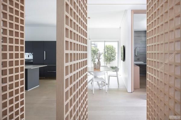 西班牙灯饰品牌VIBIA照亮了宁静的当代住宅