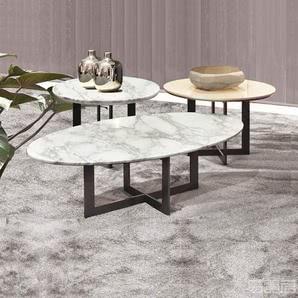 CERNOBBIO--桌子
