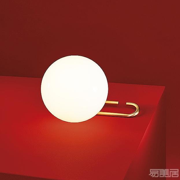 nh1217系列--台灯,Artemide,台灯