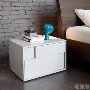 SQUARE系列--床头柜